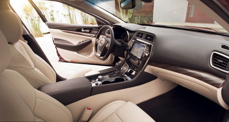 Nissan Maxima, con un interior muy reconocido