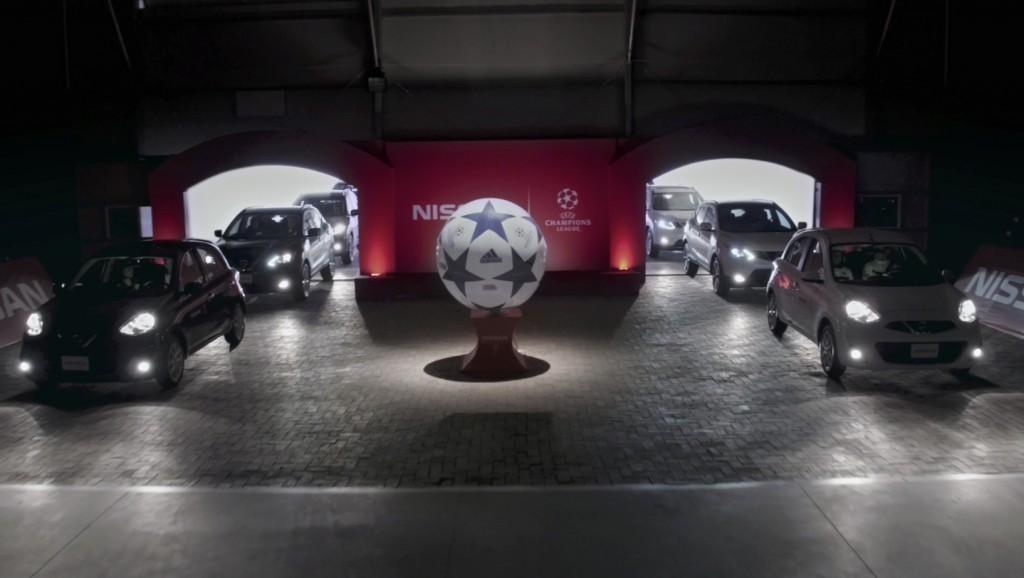 Vehículos Nissan se enfrentan en un innovador partido de fútbo
