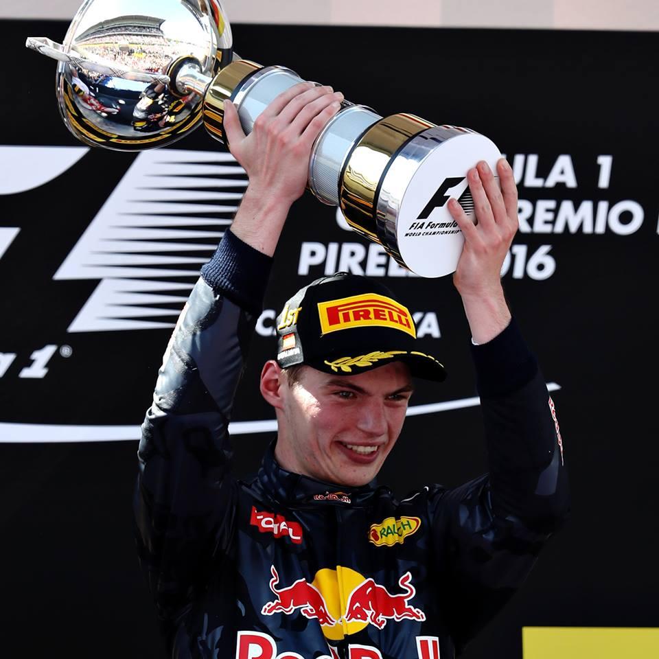 Max Verstappen se convierte en el piloto más joven de la historia en ganar en la Fórmula 1