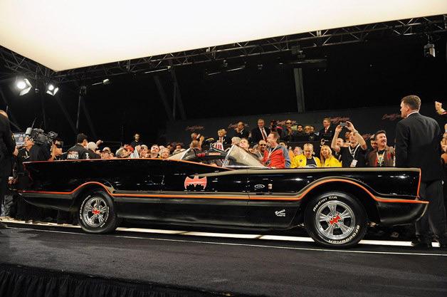 1966-batmobile-bj