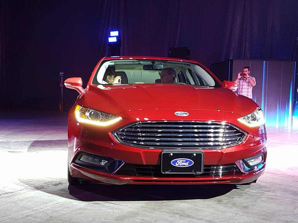 Ford-Fusion-2016-1-2017