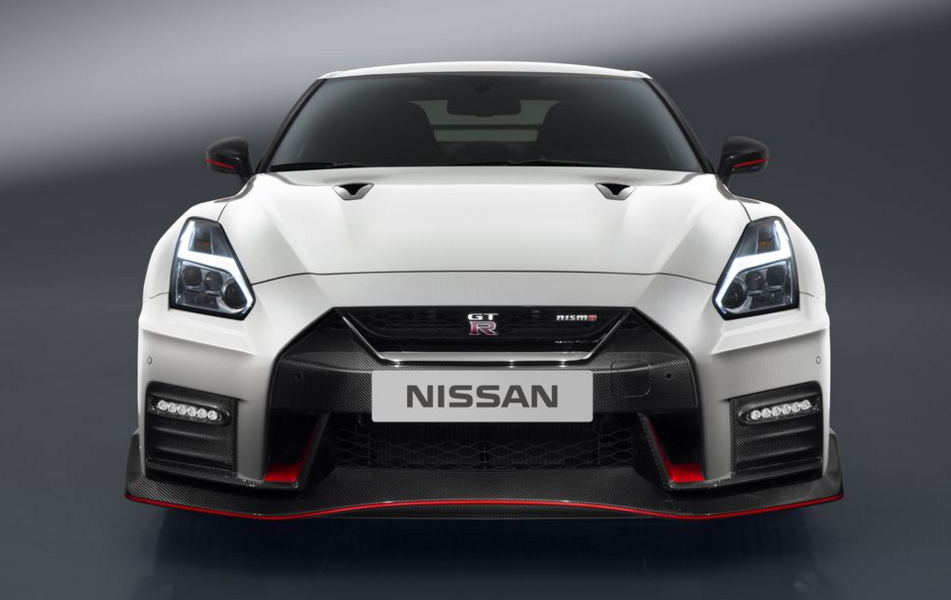 Nissan-GT-R-Nismo-