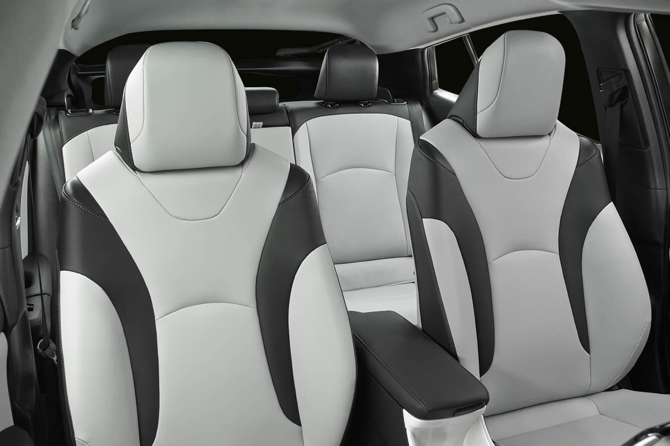 Toyota-Prius-2016.-5jpg