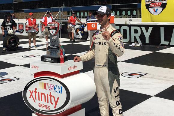 Histórico triunfo de Daniel Suárez, primer mexicano en ganar en serie nacional de NASCAR