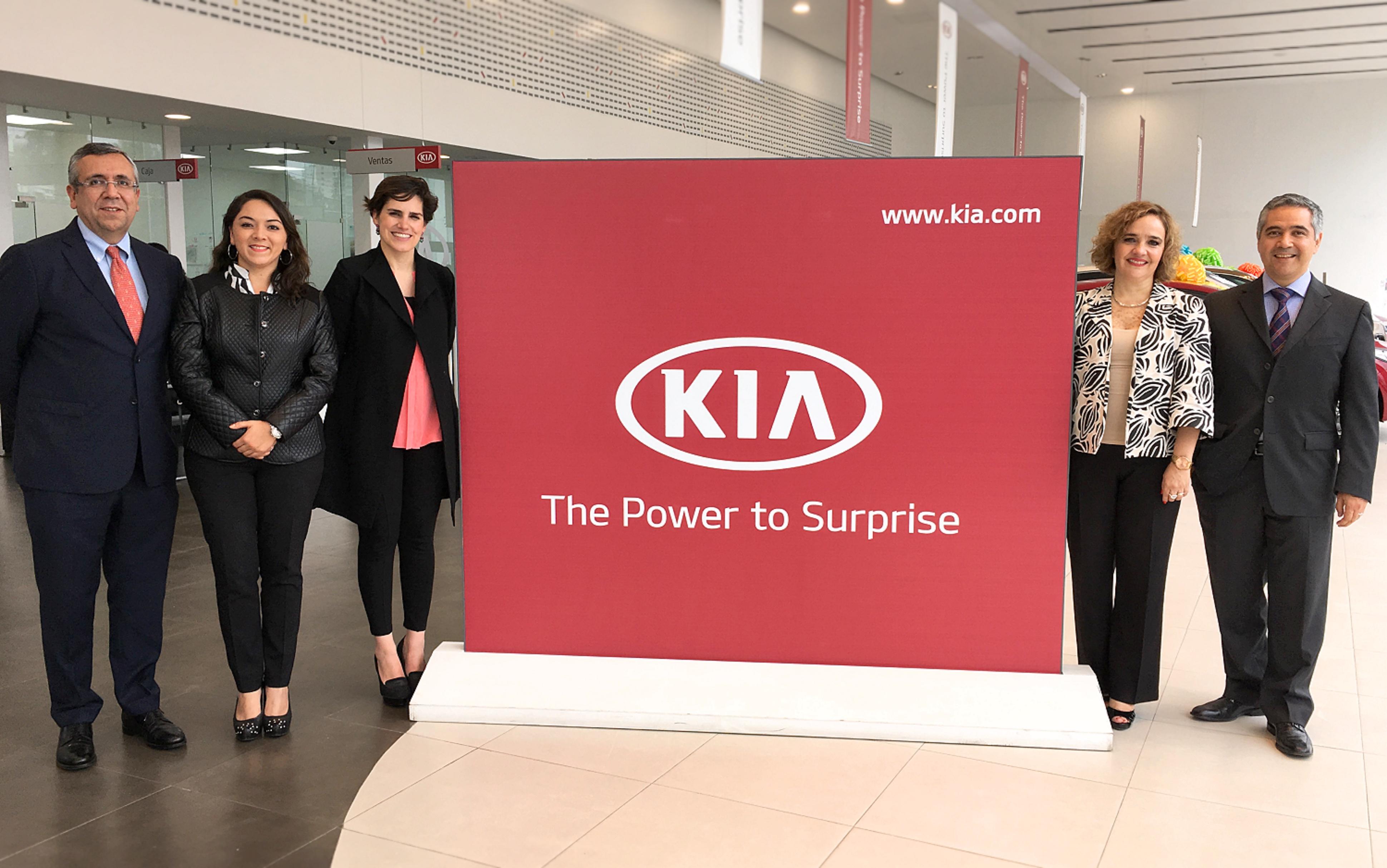 KIA Motors México y su red de distribuidores apoyarán programa social con 3 mdp