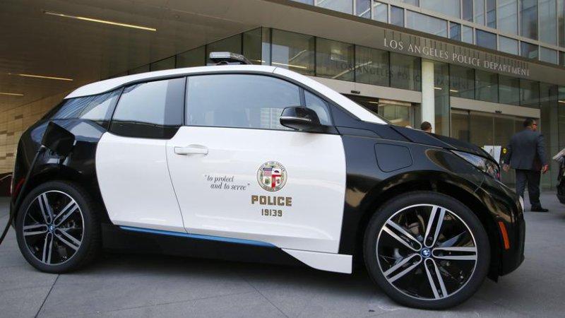 La policía de Los Angeles recibe patrullas i3 de BMW
