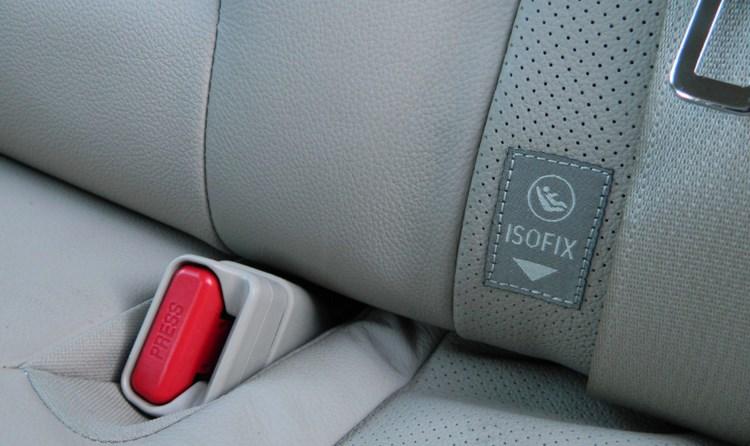 que-son-los-anclajes-latch-e-isofix-para-sillas-infantiles-de-vehiculos