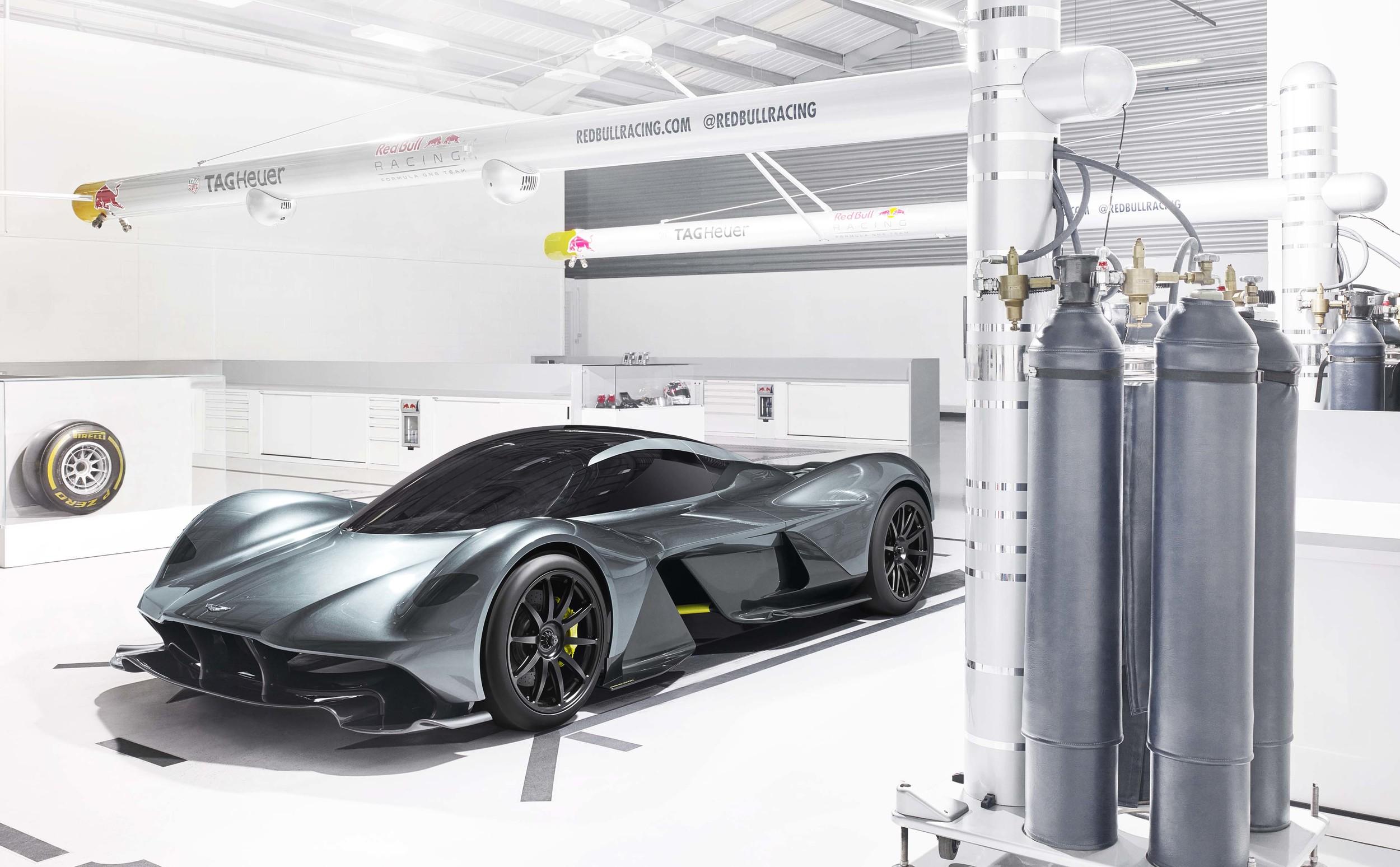 Aston Martin + Red Bull = AM-RB 001