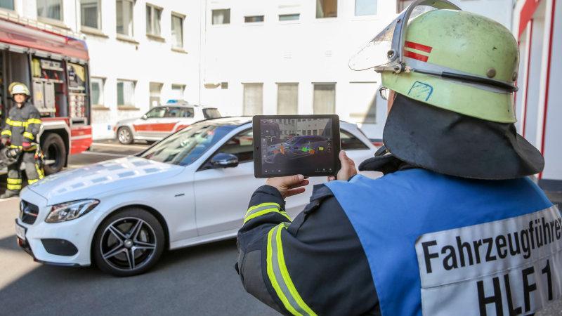 Mercedes-Benz lanza aplicación para rescate
