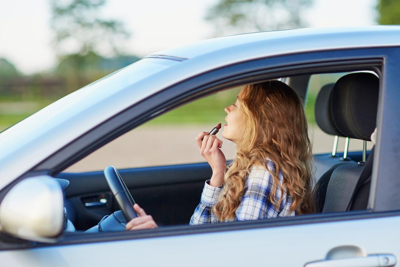 10 errores al manejar que puedes estar cometiendo