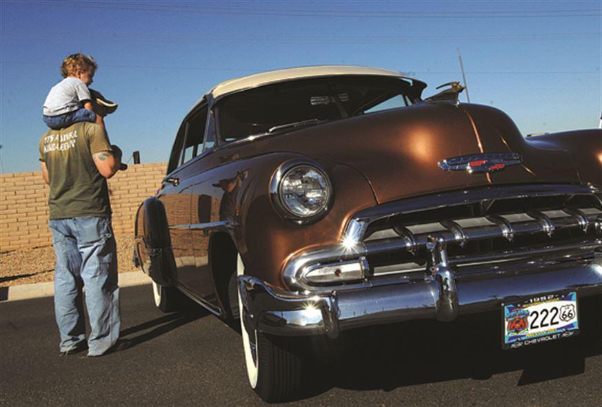 Hijo de tigre... ¿Si tu padre ama los autos, tú también?