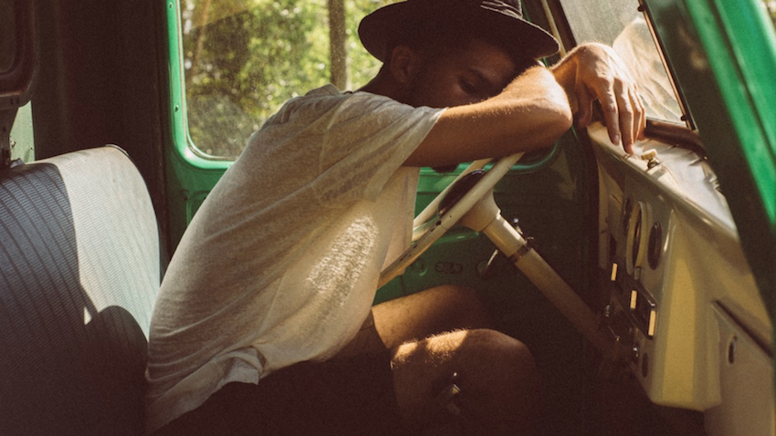 Hombres tienen más posibilidades que las mujeres de quedarse dormidos manejando