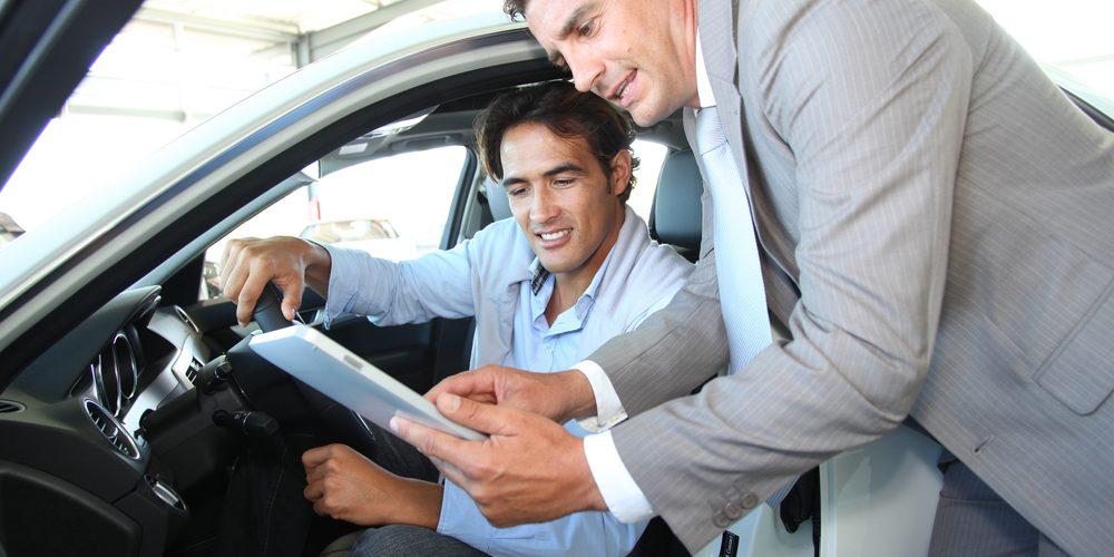 ¿Vas a comprar un auto usado? verifica esto antes de adquirirlo