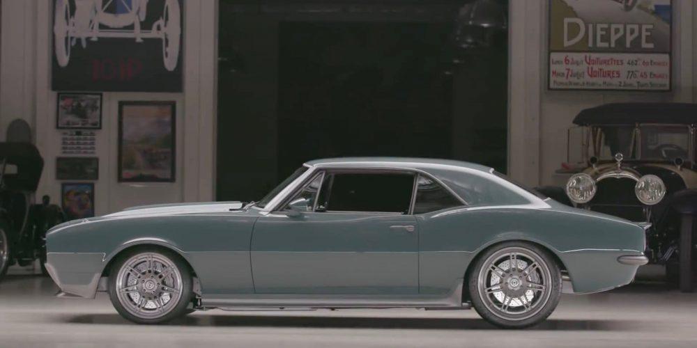 Este es el auto que le diseñó y regaló Robert Downey Jr. a Chris Evans