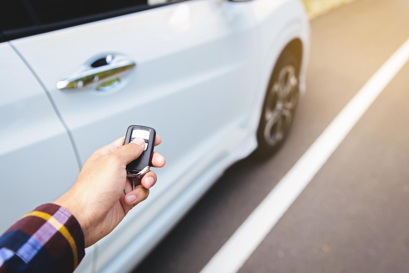 Cómo desactivar la alarma de tu auto, cuando se activa sin razón aparente