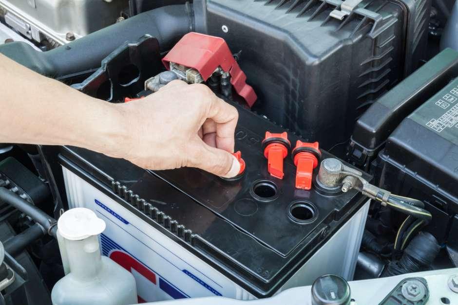 cargar la batería del coche