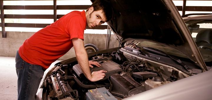 """Señales de que la batería de tu auto está a punto de """"morir"""""""