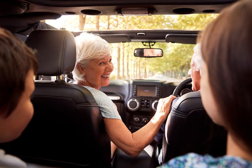 Hasta qué edad deben conducir los adultos mayores