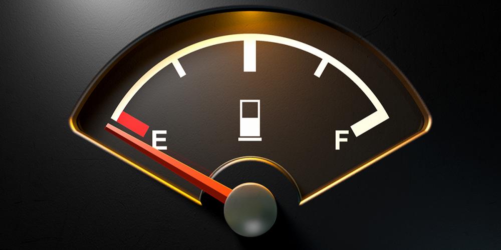 ¿Estás conduciendo tu auto con la reserva? ¿Qué tan malo es para tu auto?