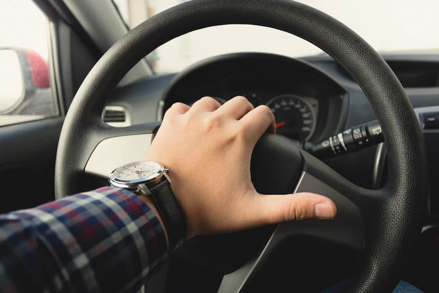 Auto sin frenos