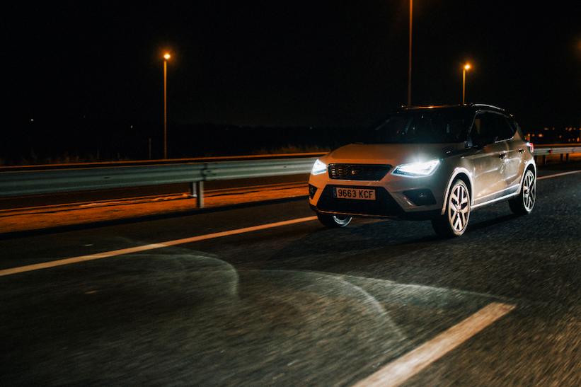 ¿Cuántas personas han sido deslumbradas por las luces de otros autos?
