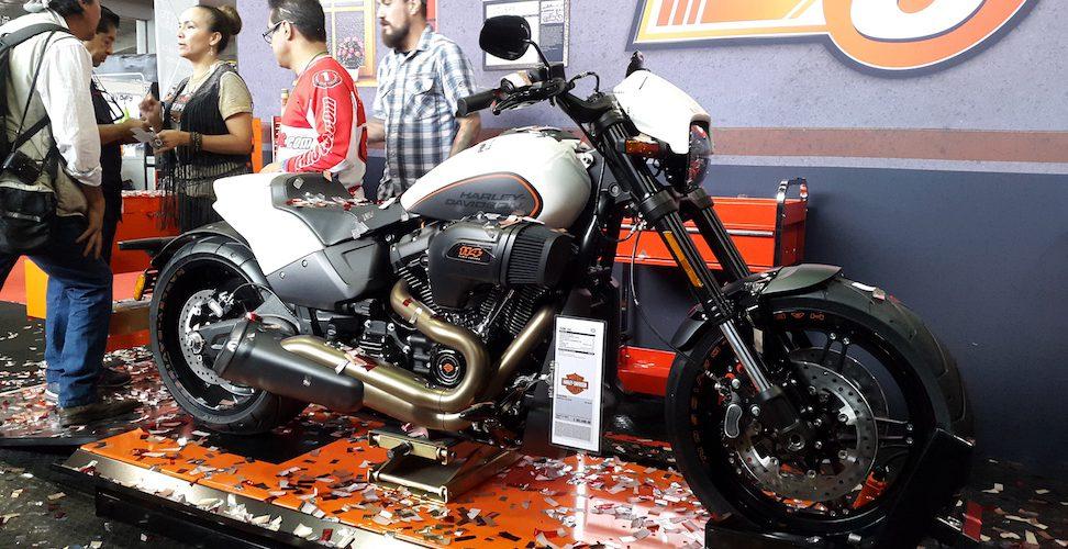 Para todos los estilos, las motocicletas que se exhiben en el SIMM
