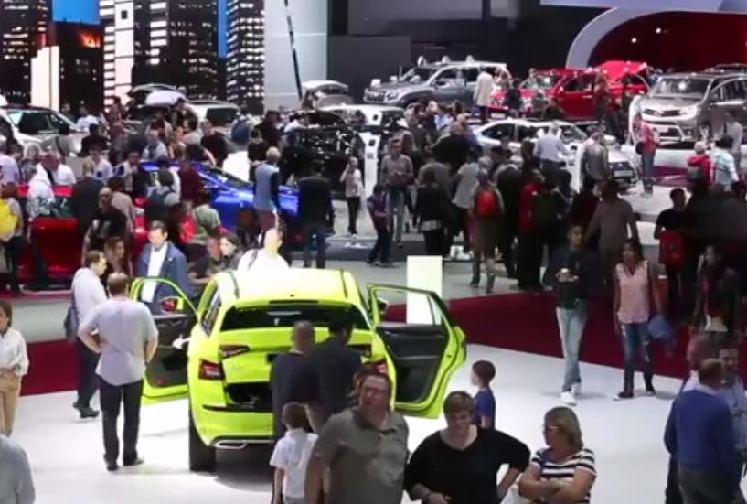 Mundial del Auto en París cierra con un millón de visitantes