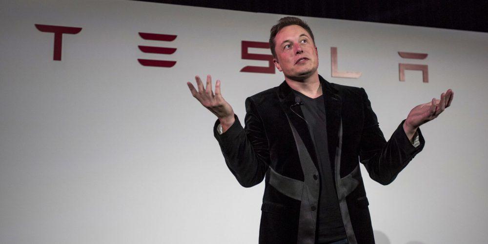 Tesla asegura que su piloto automático es mejor que tú, según sus cálculos