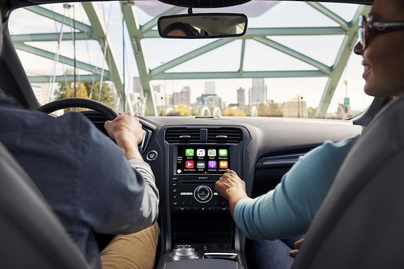 Apps de tu auto para el celular, ¿para qué sirven y cuáles son las mejores?