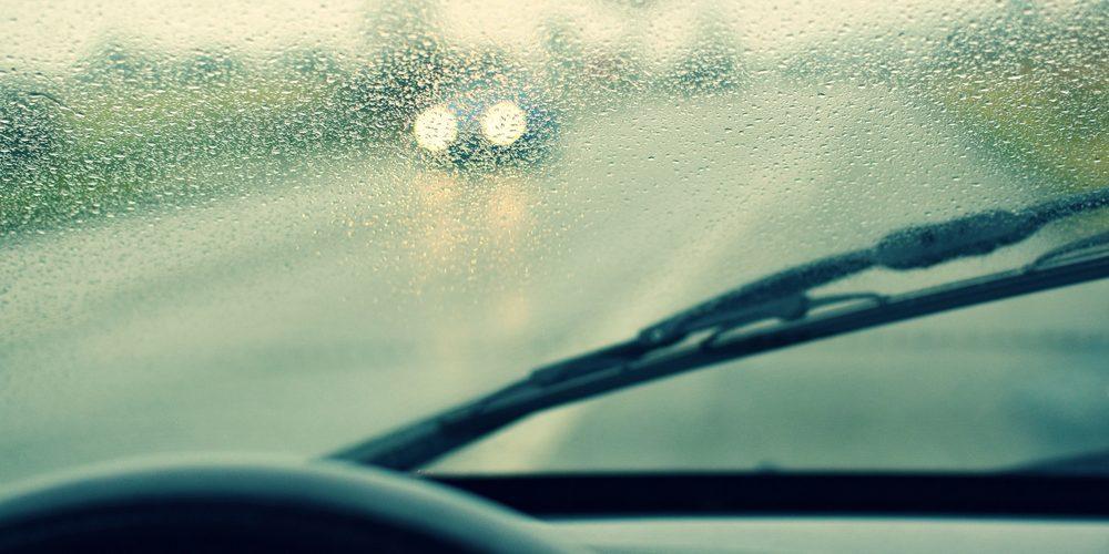 ¿Conocías este truco para desempañar correctamente los cristales de tu auto?