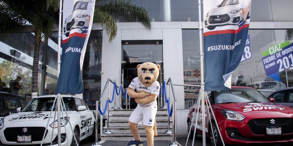Suzuki entrega vehículos oficiales a los Pumas