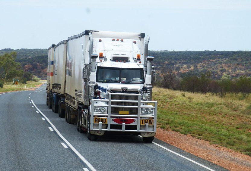 semi-trailers-534577_960_720-1