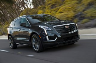The 2019 Cadillac XT5 Sport package is infused with darkened exterior styling elements that complements Cadillac's signature front, cornering and LED lighting, adding a personalized flair to Cadillac's global best-selling crossover.