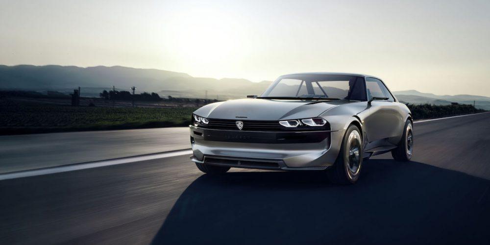 """Seis autos clásicos Peugeot en el stand de """"Aventure Peugeot en Retromobile"""""""