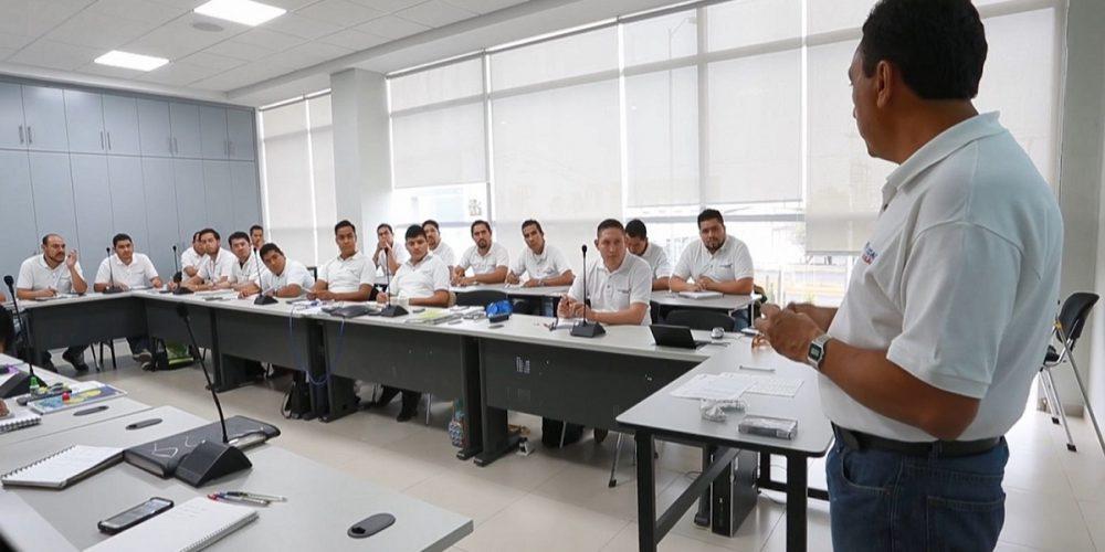 Actualmente Universidad Nissan ofrece tres programas de estudios a nivel de Técnico Superior Universitario (TSU) enfocados en Mantenimiento, Sistemas de Producción y Gestión de Calidad.
