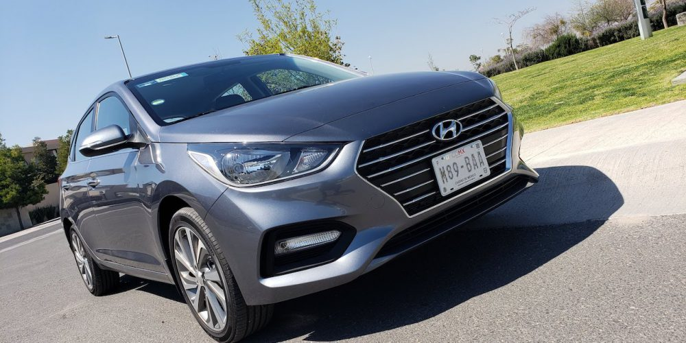 Hyundai Accent hatchback GLS A/T 2019, prueba de manejo