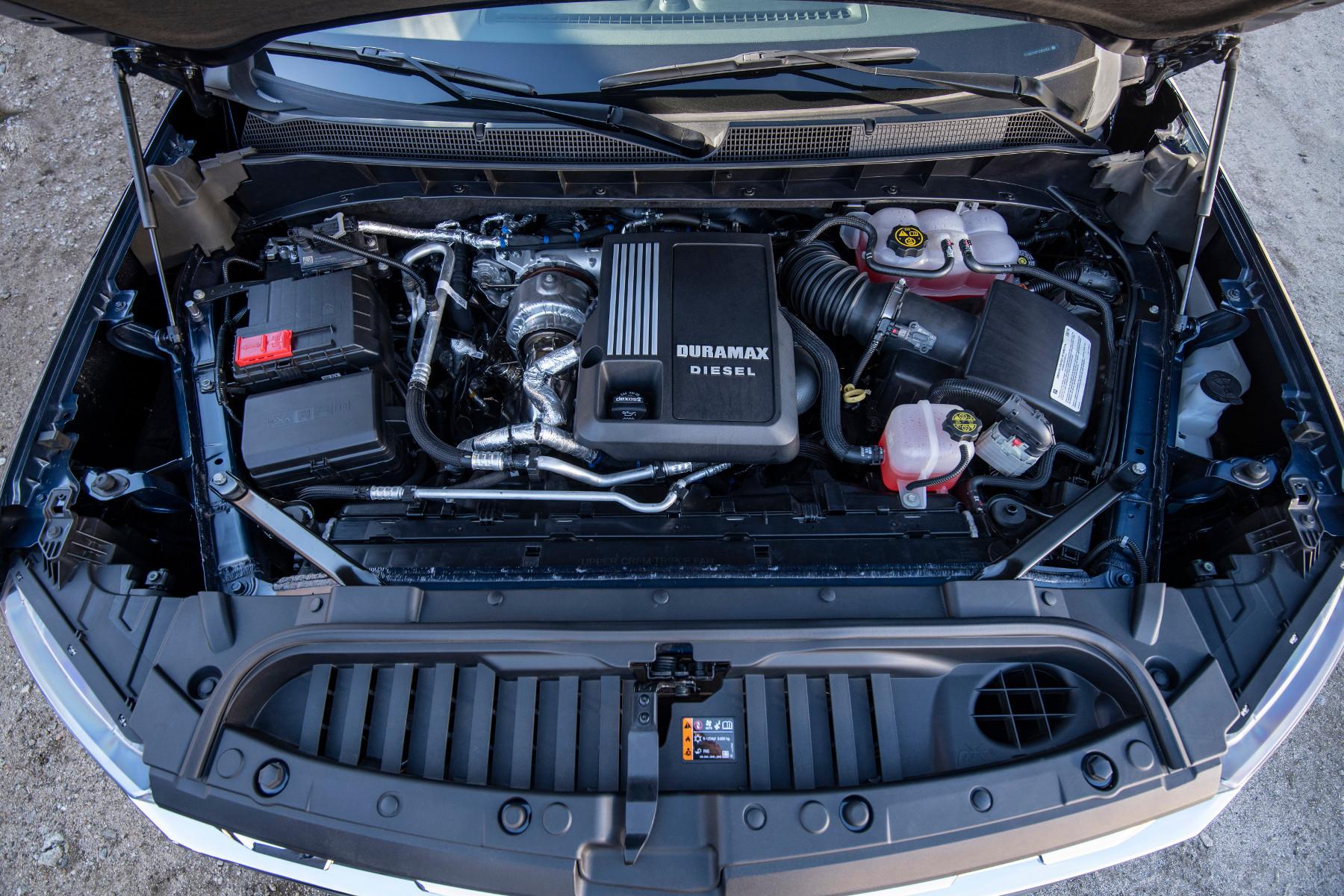 ¿Qué diferencias hay entre un motor a gasolina y diésel y cuál contamina más?