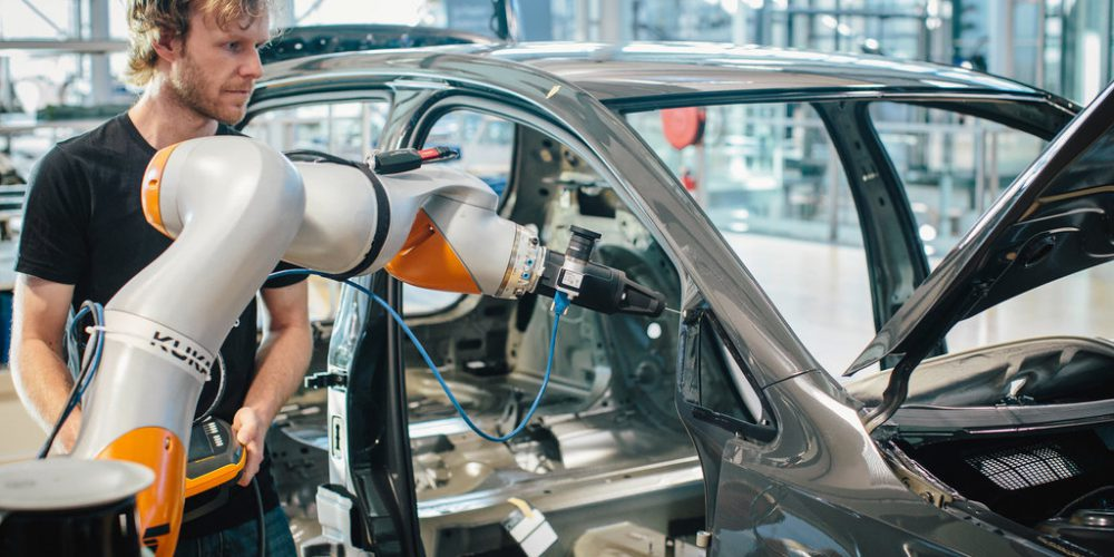 Volkswagen inaugura un Centro de Informática en la Gläserne Manufaktur en Dresden