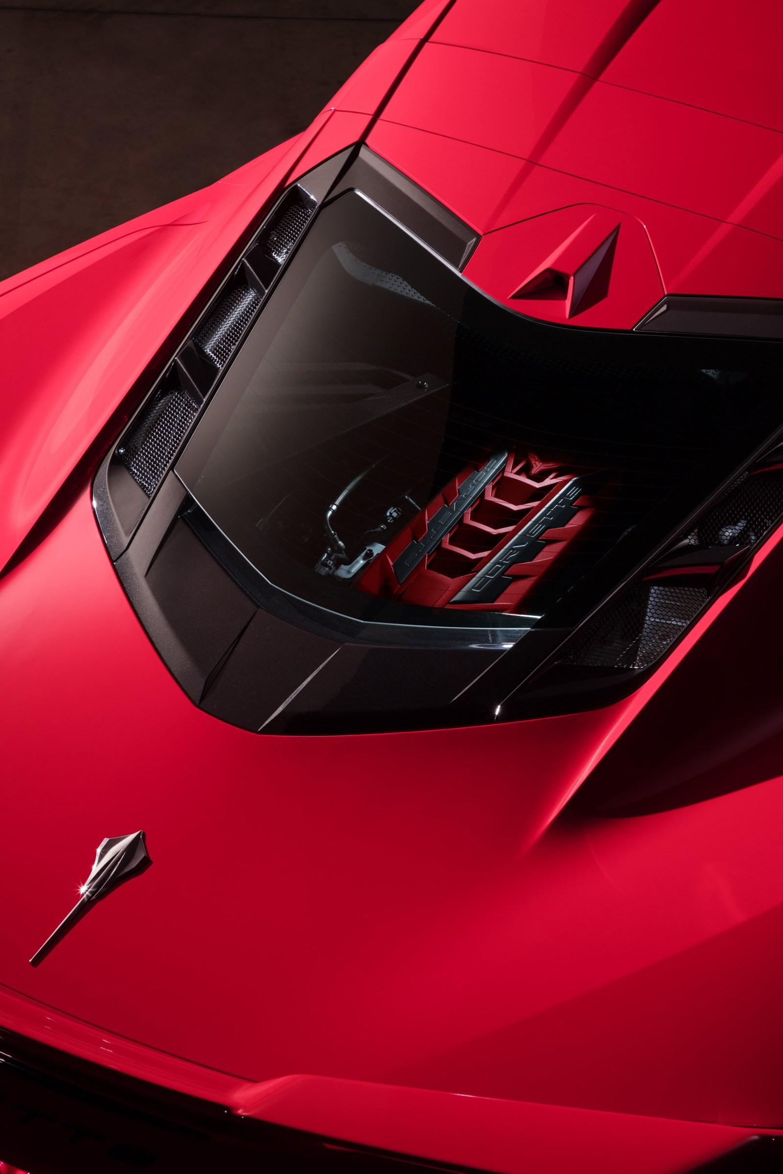 2020-Chevrolet-Corvette-Stingray-051