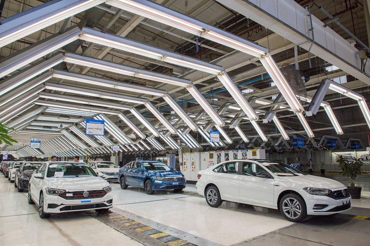 Volkswagen de México aumenta su producción 16 por ciento en junio