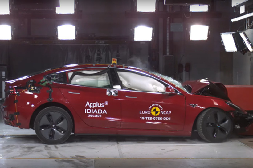 Model 3 de Tesla obtiene 5 estrellas de EuroNCAP