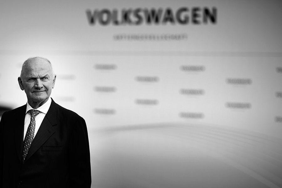 Ferdinand Piech, quien transformó a VW en gigante mundial, muere a los 82 años