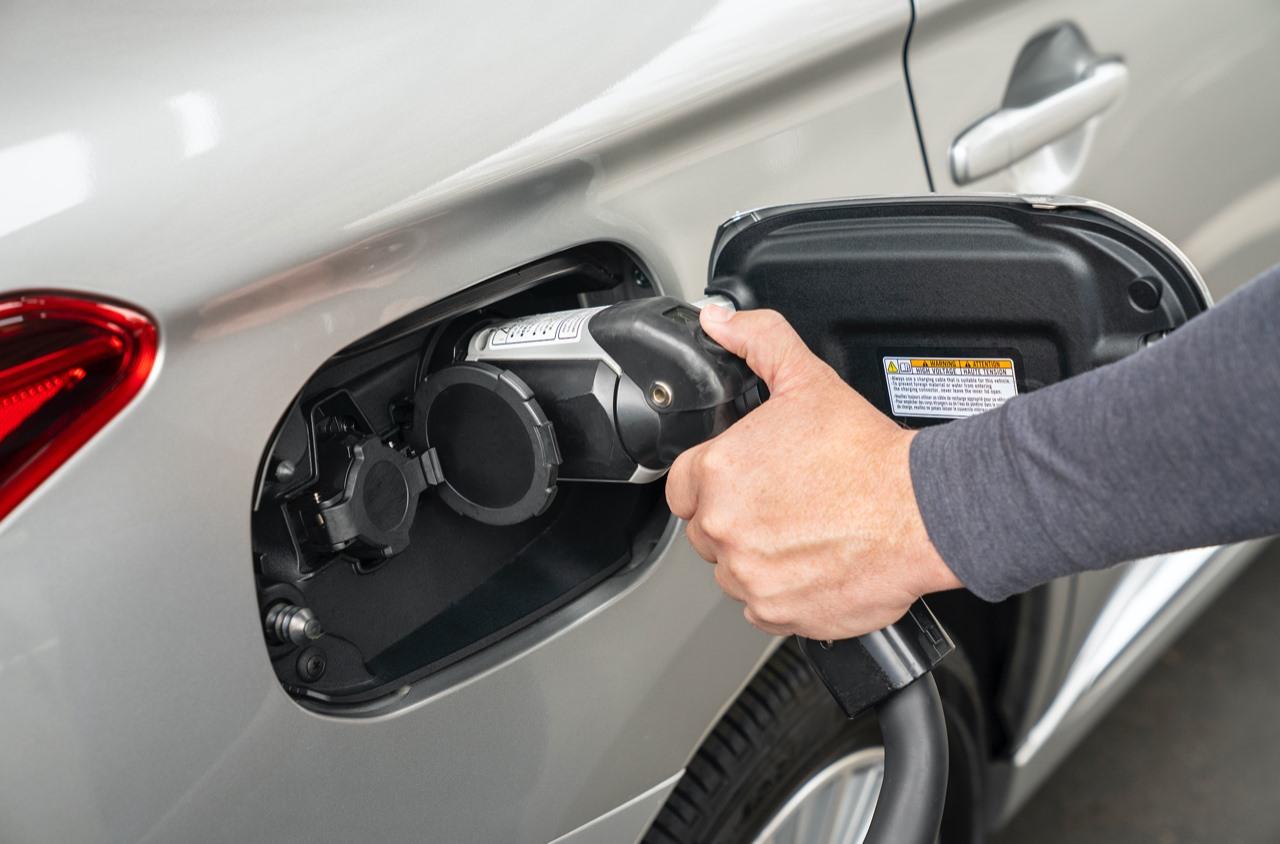 Crecen ventas de eléctricos a nivel mundial