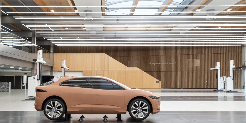 Jaguar estrena estudio de diseño en Gaydon