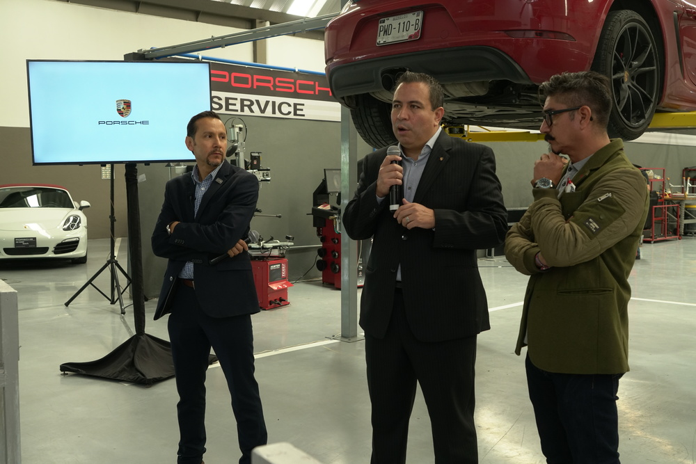 Porsche Pre-owned Car Centre