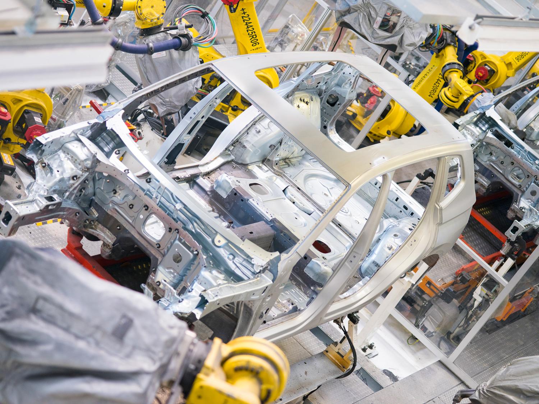 Cuarentena deja casi en cero la producción automotriz
