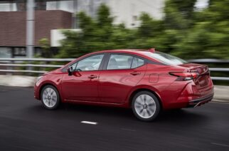 Nissan Versa: descubre quiénes lo hacen posible