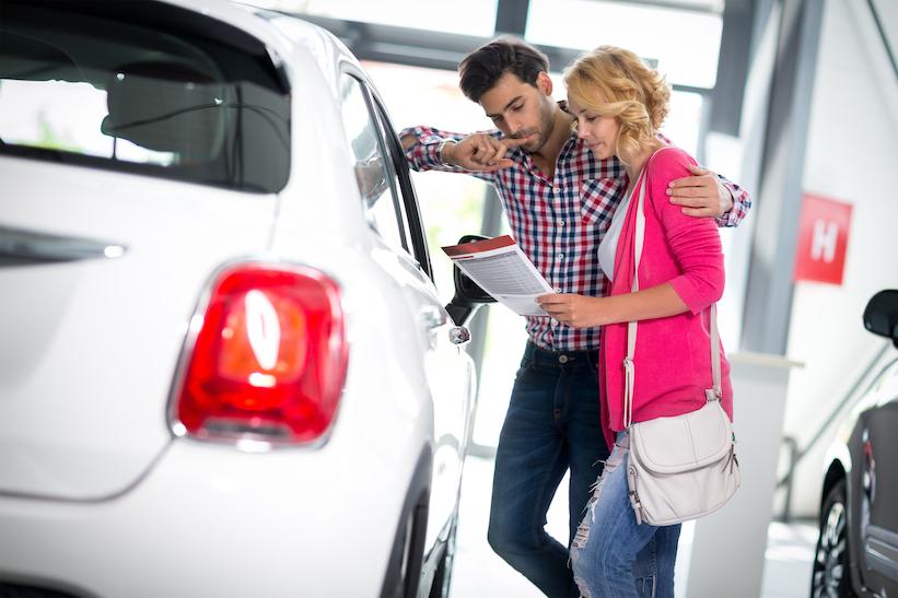 La venta de vehículos ligeros cayó 7.7% en 2019