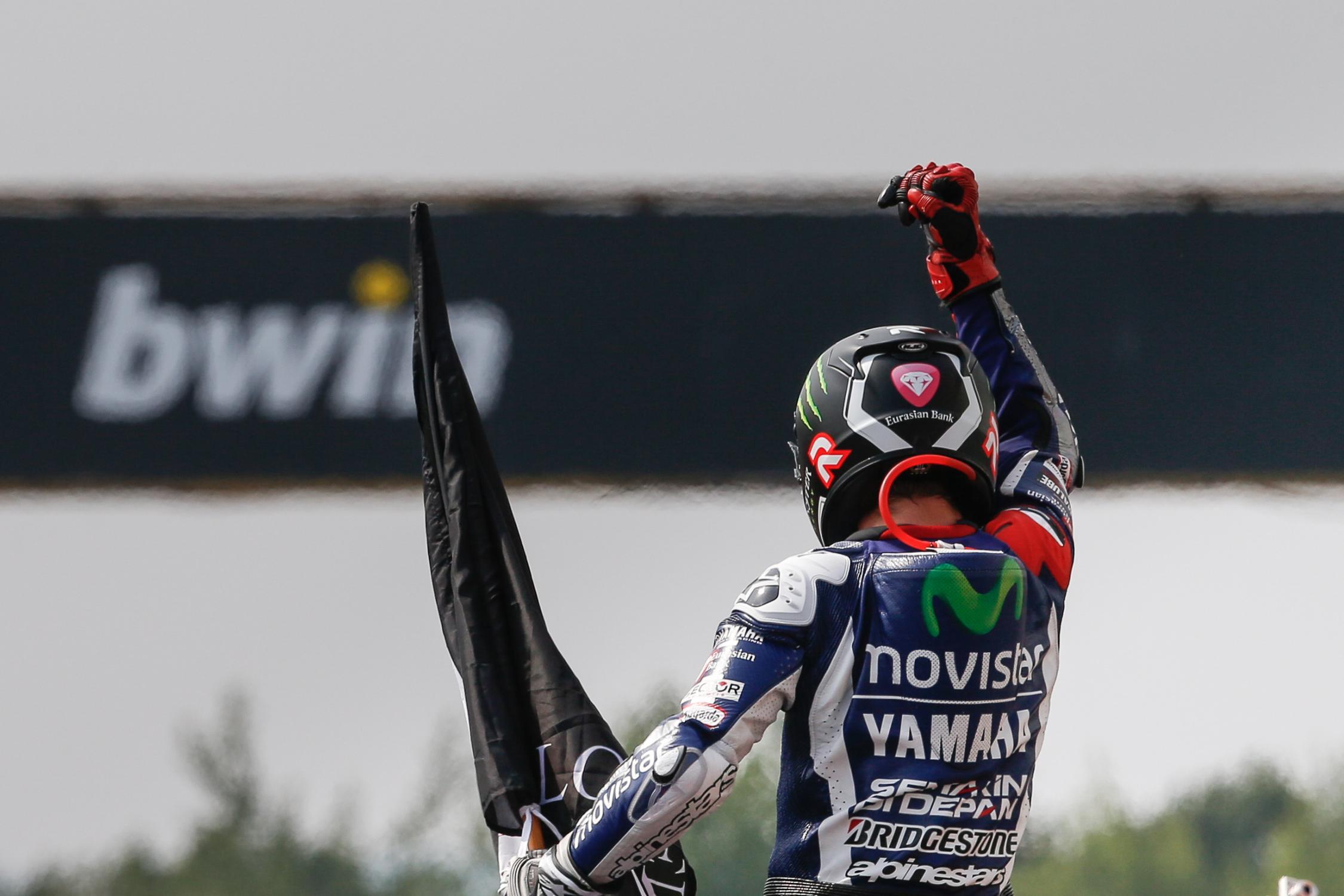 Jorge Lorenzo se retira como piloto profesional