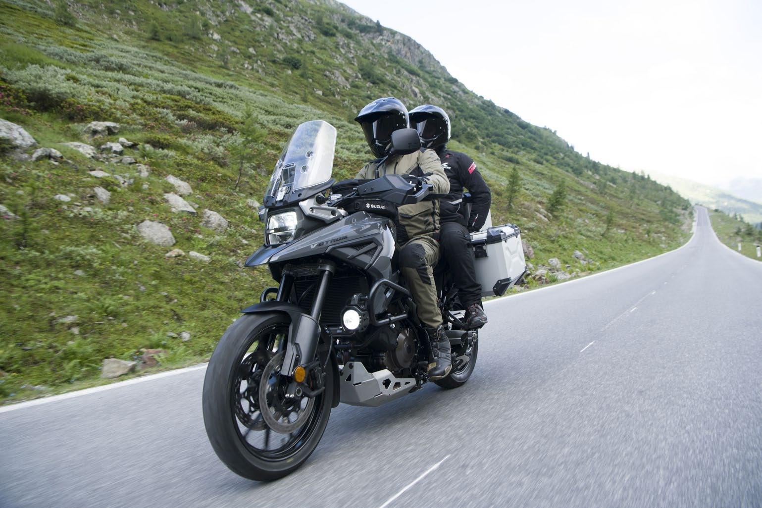 Debutan las nuevas Suzuki V-Strom 1050 y V-Strom 1050XT